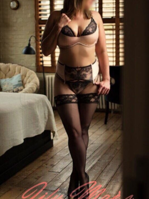 Girl Escort Jess & Call Girl in Liverpool